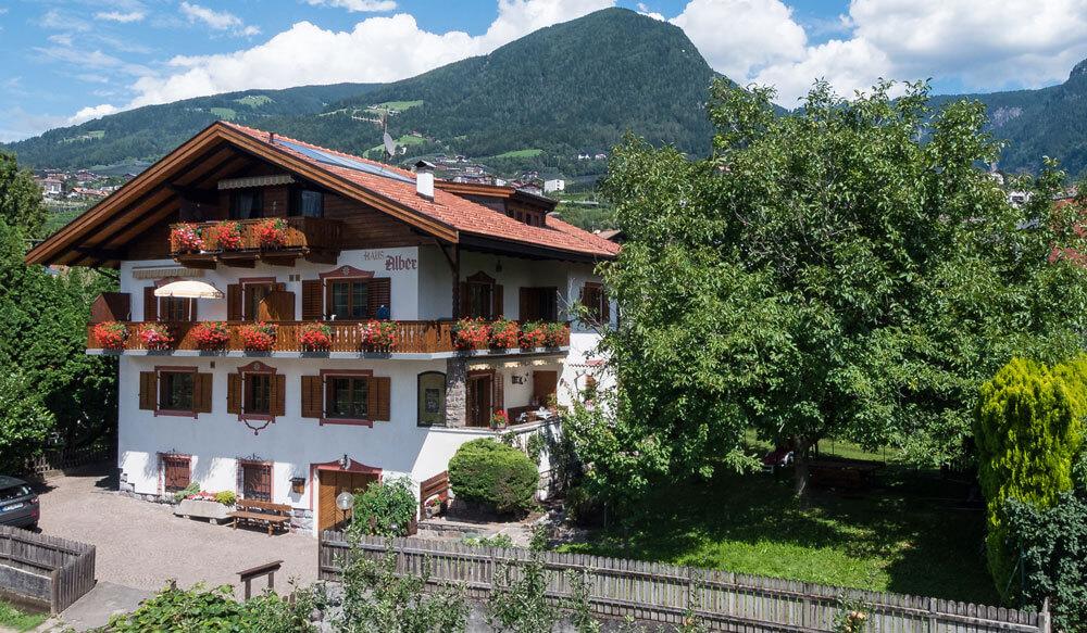 Ferienhaus Alber - Ihr Appartement in Obermais bei Meran!