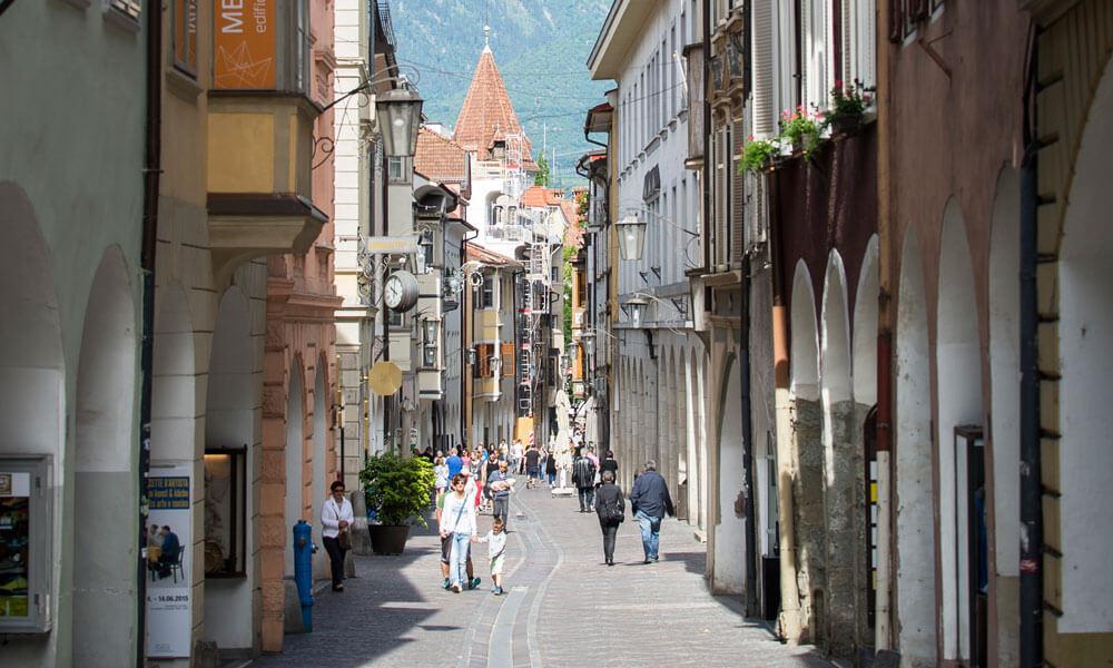 Cultura e shopping a Merano a fine estate